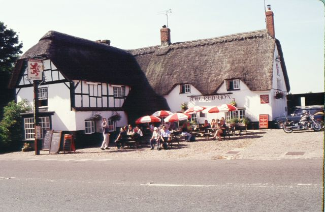 The Red Lion in Avebury