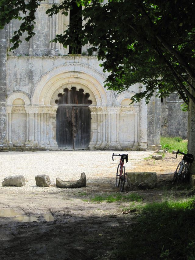 Abbaye de Chatres