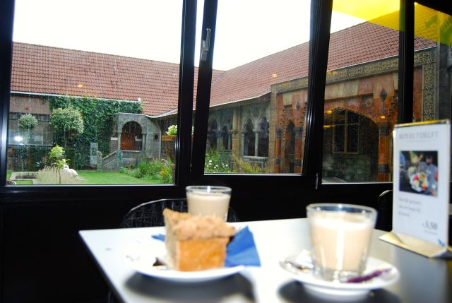 Coffee and Pie at Delft