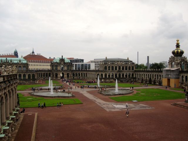 Zwinger Square