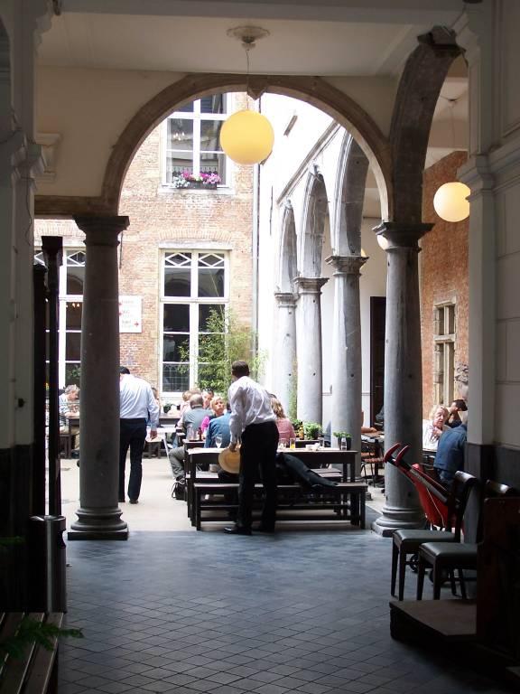 De Groote Courtyard
