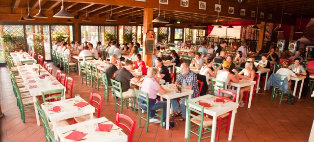 Camping Village Roma Restaurant Indoor