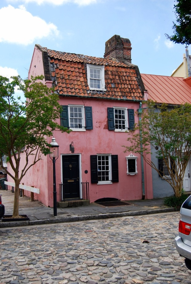"The Pink House from 1712 with ""thigh"" tiles"