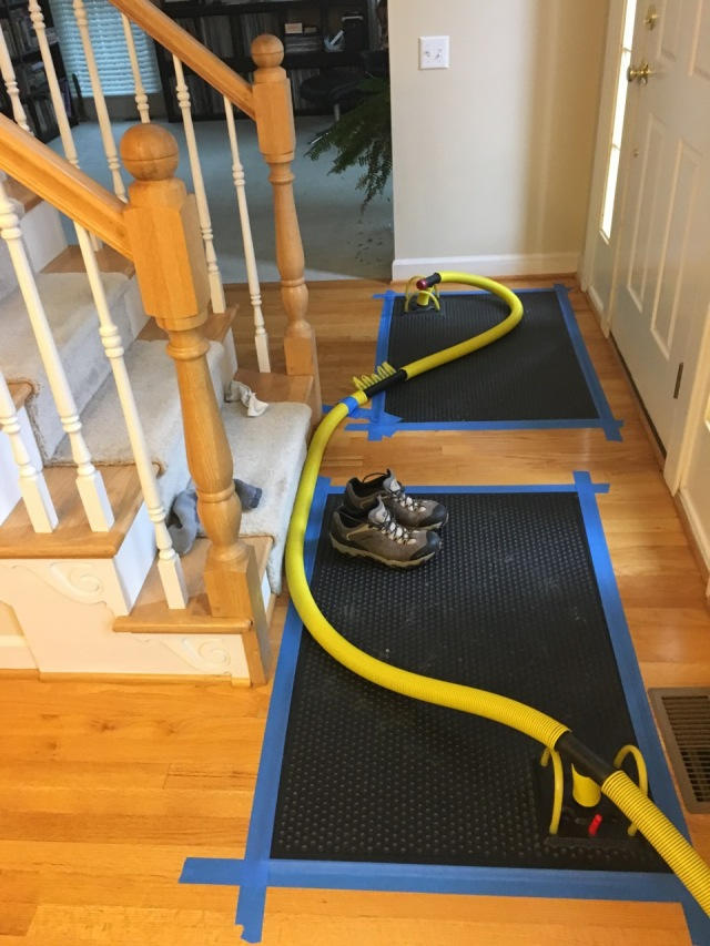 Special Mats to Remove Moisture from Hardwood Floors