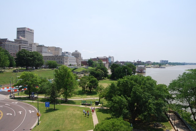 Memphis Downtown and the River