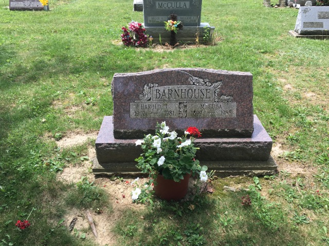 Barnhouse Grave Site
