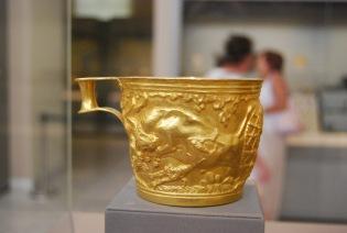 Vapheio Cup with Bull