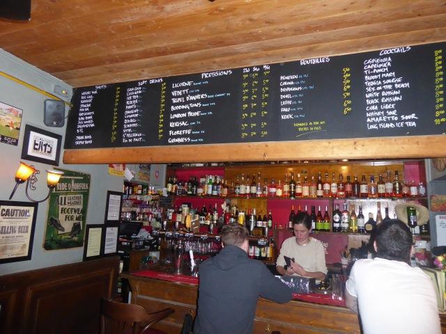 Beehive Bar