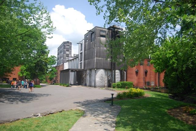 Distilling House