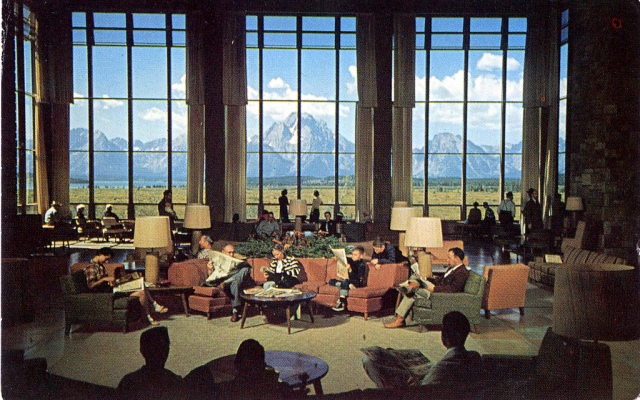 The Lounge at Jackson Lake Lodge