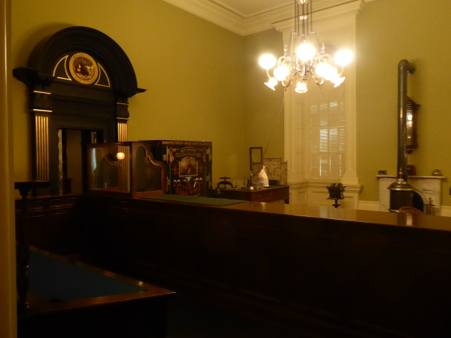 Treasurer's Office from 1906