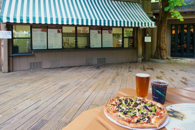 pizza-deck-half-dome-village-dsc2491_1000x667