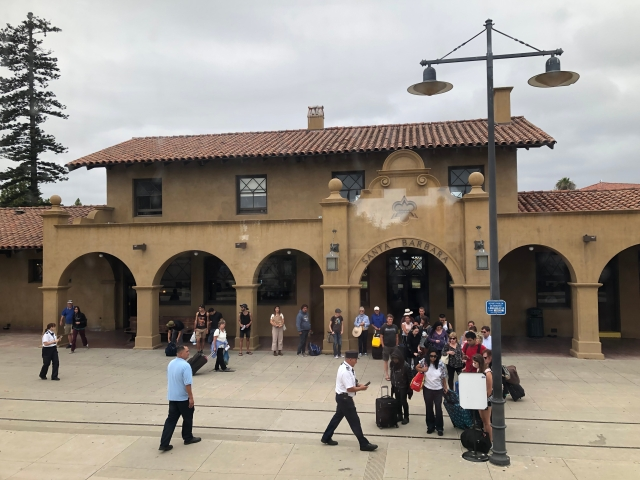 The Queue at Santa Barbara Station