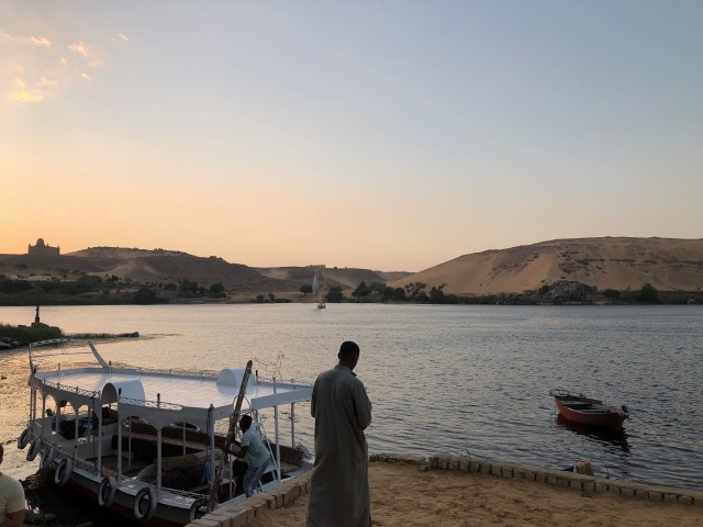 Docking at Elephantine Island