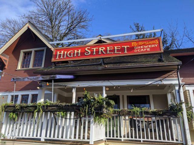 High Street Pub