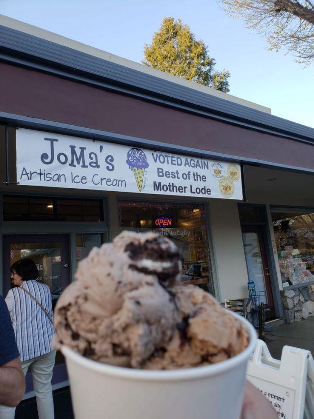 Jo Ma's Ice Cream